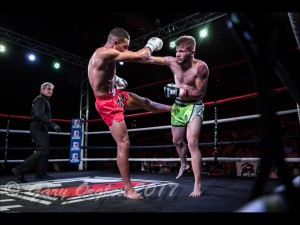 Kickboxing stars go for GLORY! – SUGGY'S GYM